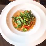 クッチーナイタリアーナ タマナハ - 料理写真:春菊とトマトのパスタ