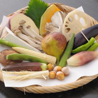 軽井沢及び近郊の季節を感じる食材で奏でる『旬の天婦羅』