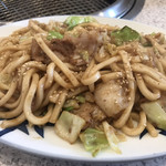 ニュー亀屋 - 料理写真:ホルモンうどん