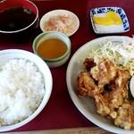 ラーメン餃子 とん吉 - 料理写真: