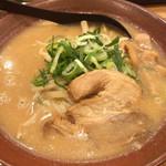 伝蔵 - 赤味噌ラーメン 大盛  780円