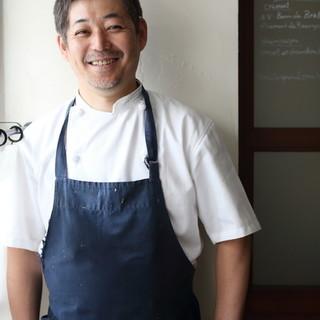 数々の星付きレストランを渡り歩いた『オーナーシェフ平生昌敏』