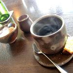 ビストロ  フチューラ フルール - 食後のコーヒーとカヌレ