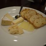 バールトップ - チーズ盛り合わせ