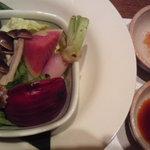 10530578 - 蒸し野菜、ポン酢とカレー塩で