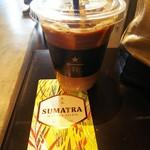 ネイバーフッド アンド コーヒー - アイスカフェラテ