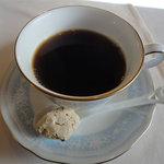 ラ リベラ - ランチB(1900円)食後のコーヒー焼き菓子付