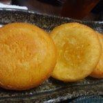 一品料理 善五郎 - じゃがいも餅。これは大きくおいしいです。