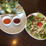 105310630 - ベトナムランチの生春巻き                       よくばりランチのサラダ