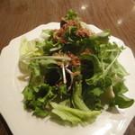 T'sレストラン - サラダ