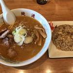 さっぽろ純連 - 今日の得々セット、みそラーメン+ミニチャーハン(1,000円)