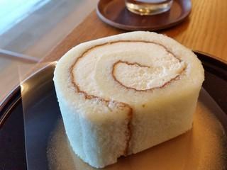 光風 - 米粉のロールケーキ