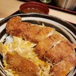 105318168 - レディースカツ丼+味噌汁飲み放題