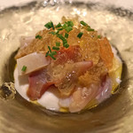 リストランテ ペガソ - 貝(北寄貝、トリ貝、アオヤギ)とトマトジュレ ホワイトアスパラガスのムース