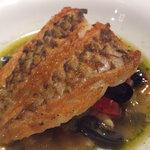 ブラッスリー・ラルテミス  - 本日の鮮魚のポワレ 南仏風スープ仕立て