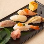 炙り寿司5貫(赤身漬け・サーモン・赤海老・帆立・穴子)わさび入り