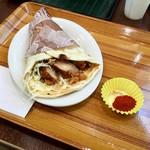 チキンカリーズ - 料理写真:からあげチキンロール 350円+税