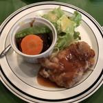 ハーベスト - 本日の盛り合わせ 牛ホホ肉と野菜の煮込み チキン生姜焼き 890円