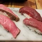 恵比寿横丁 肉寿司 - 牛ローストビーフ(230円)×2/馬極上赤身(290円)×2
