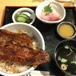 まんまる - まんまる丼(1,000円)