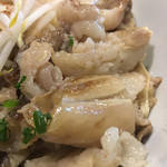 麺屋 誠 - まぜ麺のスジ肉アップ