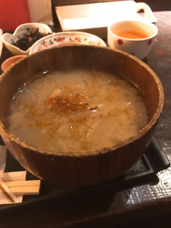 海遊山楽 ゆう - 説明不要のかなりデカい味噌汁。 現地で確認を!