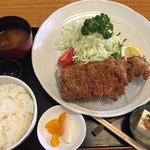 こばやし亭 - マンガリッツァ豚のリブロースかつ定食
