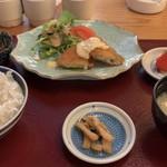 鬼の洗濯岩 - 白身フライ定食600円