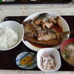 おさかな倶楽部 - あら煮定食 700円