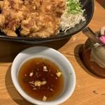 定食屋ジンベイ - 料理写真:札幌ザンギ