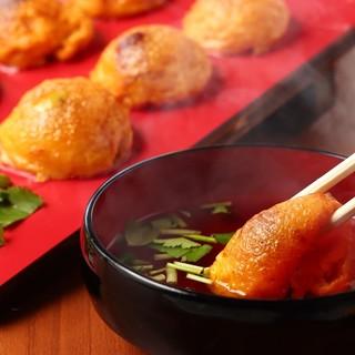 現地明石では玉子焼と呼ばれる明石焼を京都で是非