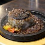 焼肉問屋バンバン - 料理写真:(2019/2月)「ハンバーグ」ウエルダン
