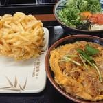 105379917 - 野菜かき揚げ 130円 明太釜玉(並) 420円 カツ丼 490円