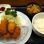 とんかつキッチンかつ茂 - カキフライ定食