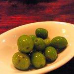 ベルーガ - 小豆島産オリーブの新漬け
