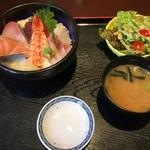 あじ彩 - 海鮮丼(980円)