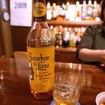 1054582 - 学生の頃によく飲んでいたバーボンデラックス!!まだあったんだぁ。