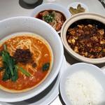 105413752 - 名物セット(陳麻婆豆腐/担々麺/ウマ辛茹でワンタン/ライス/ザーサイ)