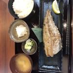 炙処 火ノ膳 - 縞ほっけ炭火焼定食