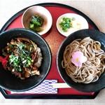 ミニ丼麺セット(ミニ丼3種から1種&そばセット)
