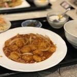 香港厨房 - エビチリ定食