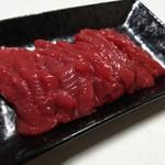 佐々木精肉店 - 料理写真:馬刺し上