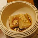 加賀屋 - 甘味 桃源餅