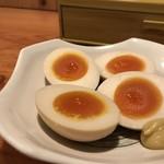 鳥貴族 - 迅速メニューの煮卵(2019.4.10)