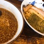 銀の豚 - 料理写真:新銀のつけ麺 ¥780