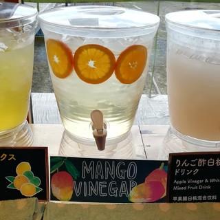 リストランテ・クレス - ドリンク写真:ビネガードリンク、白桃、柑橘
