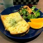 からふね屋珈琲店 - チーズエッグトースト