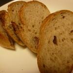 手作りケーキとパンの店リェヴル - 天然酵母です♪