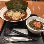 友部サービスエリア(上り線)味の蔵 - 納豆ラーメンと高菜明太ご飯