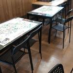 奥三河製麺 - 店内客席です。